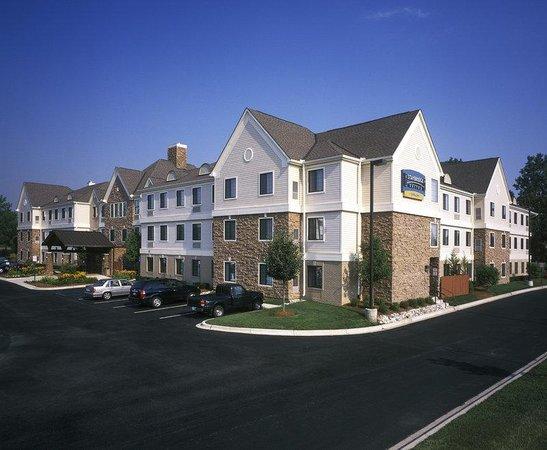 Staybridge Suites Detroit-Utica: West View