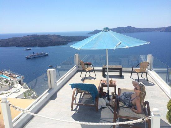 Villa Renos: Own private balcony over looking The Caldera