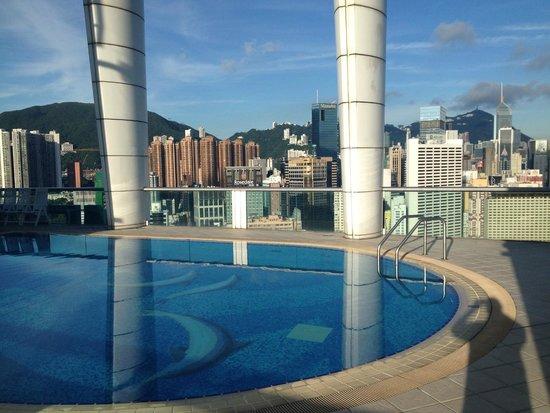 Metropark Hotel Causeway Bay Hong Kong: Rooftop Pool