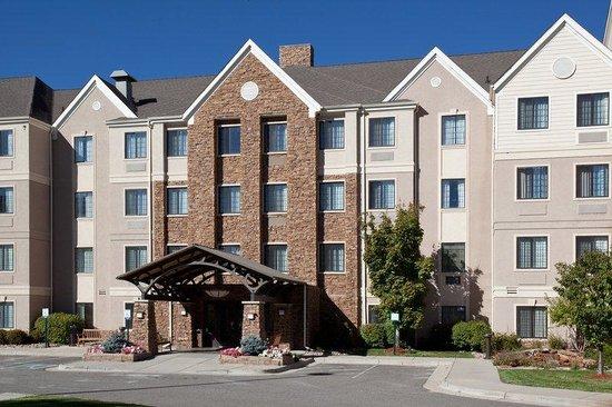 Staybridge Suites Denver-Cherry Creek : Hotel Exterior