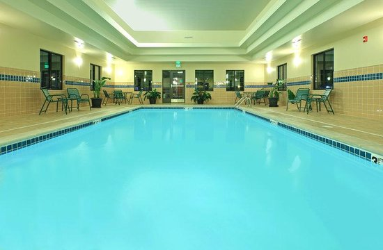 Staybridge Suites Fayetteville/Univ Of Arkansas: Swimming Pool