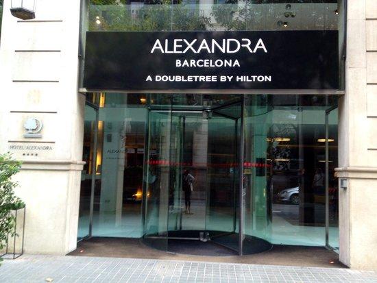 Alexandra Barcelona A DoubleTree By Hilton : 玄関