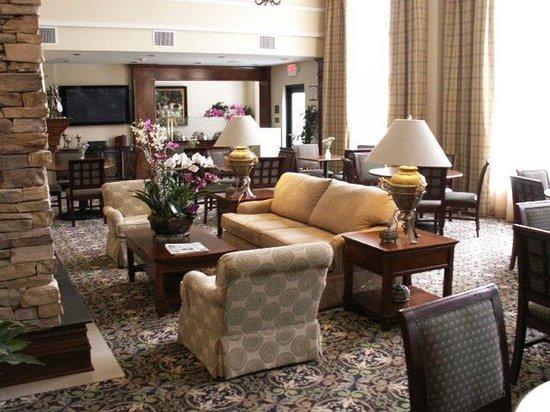 Staybridge Suites Irvine Spectrum/Lake Forest: Lobby Lounge