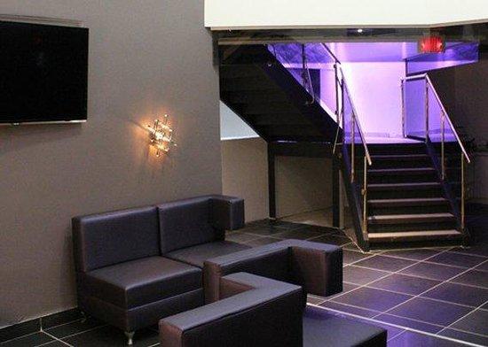 Lelux Hotel : Lounge