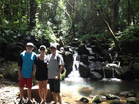 Kayak Wailua : Small waterfall on hike to much larger one.