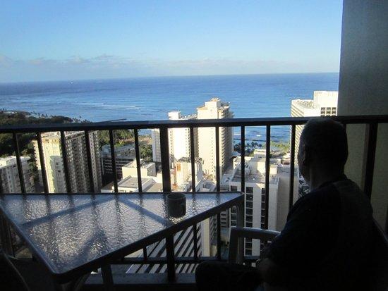 Aston Waikiki Sunset : 気持ちの良い朝