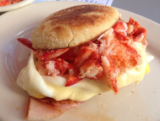 Marriner's Restaurant: Marriners egg, with a side of lobster. A perfect way to start the day in Maine.