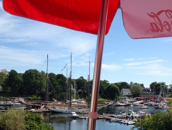 Marriner's Restaurant: View of the harbor from our table