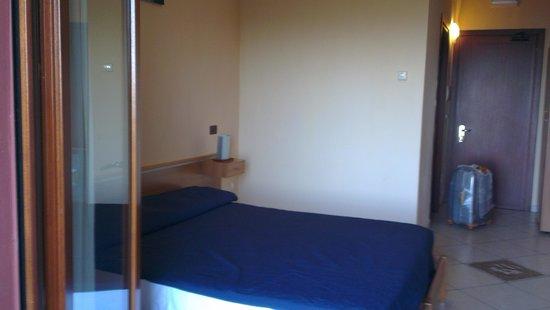 Royal Hotel Montevergine: Habitación