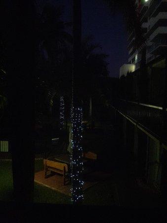 Motel 98: rear/side courtyard