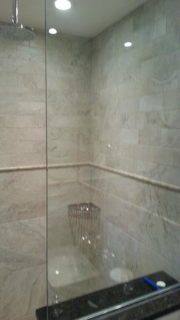 The Inn at Cape Cod: The two-headed shower