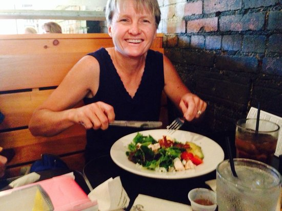 Gella's Diner & Lb. Brewing Co. : Shannon liked her salad!