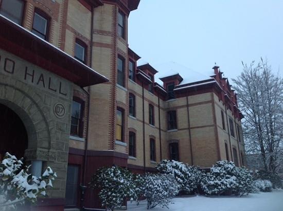 Oregon State University: Waldo Hall in the snow