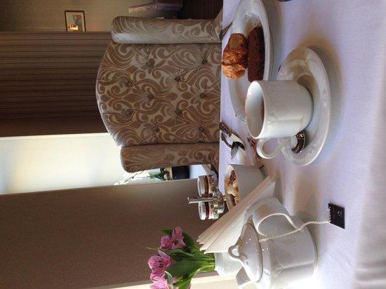 Golden Triangle Hotel: Breakfast