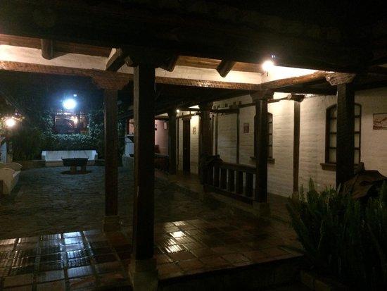 Hacienda Abraspungo: Вечер