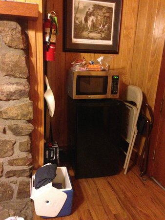 Petit Jean State Park : Overnight cabin photo