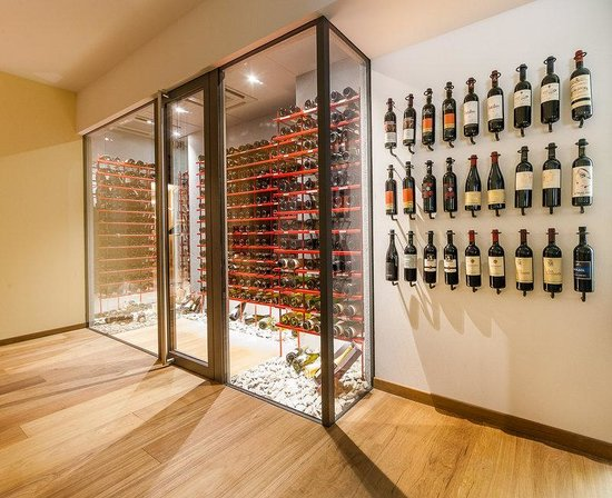 Park Hotel Mignon & Spa: Wine Cellar