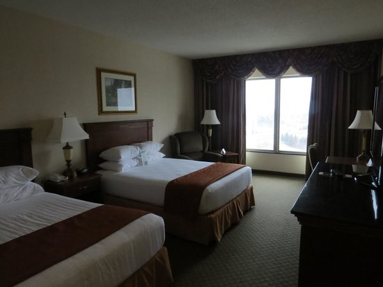 Drury Plaza Hotel St. Louis - Chesterfield : Room
