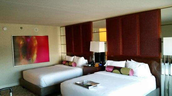 MGM Grand Hotel and Casino : Attractive room