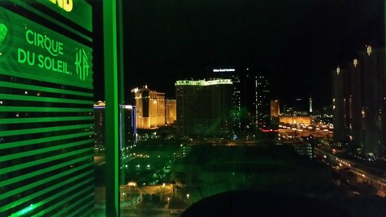 MGM Grand Hotel and Casino : View from our East Wing room 20th floor