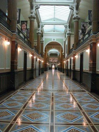 National Portrait Gallery: Hallway