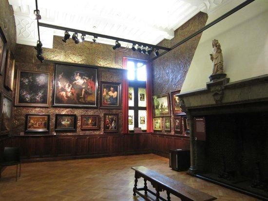 Museum Mayer van den Bergh: A room at the museum