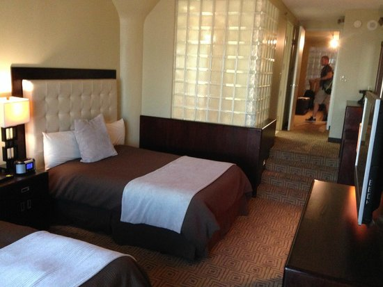 The Atheneum: Bedroom