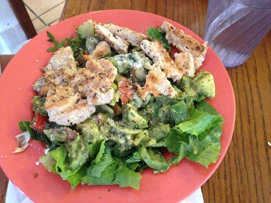 Fish Tales Market & Eatery: Humongous salad