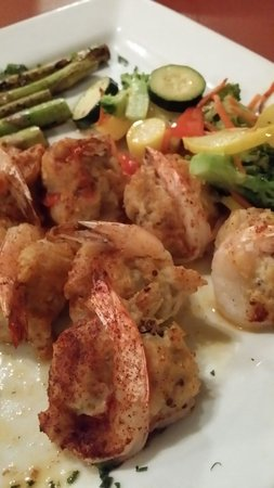 Seagles Restaurant: Crab stuffed shrimp