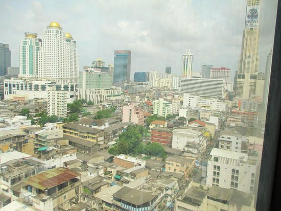Ramada D MA Bangkok : Again