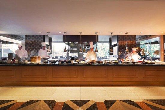Grand Hyatt Beijing: BEIGH_P111 Grand Cafe Buffet