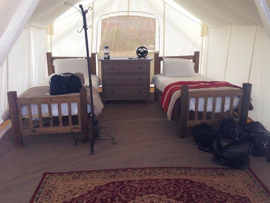 Under Canvas Moab: Safari tent
