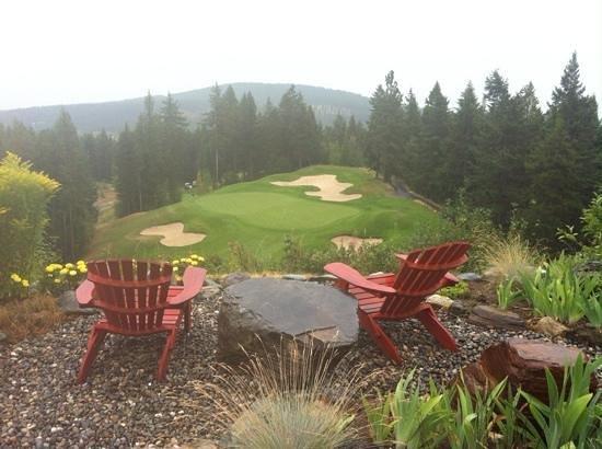 Trickle Creek Golf Course: rest stop