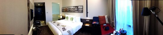 Ramada Singapore At Zhongshan Park: A pano of my room