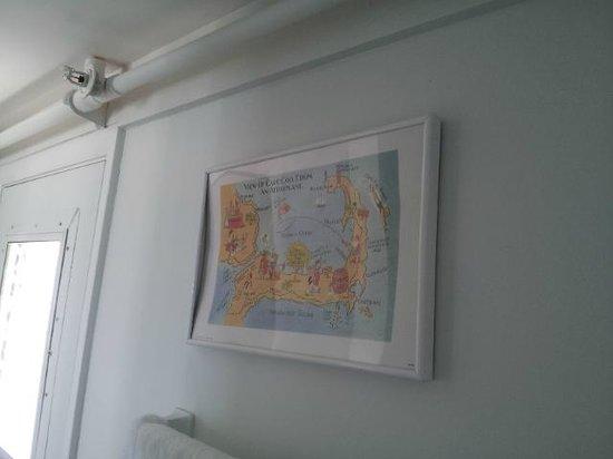 Pelham House : Cheap, cheap wall hanging
