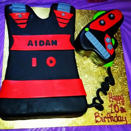 Excellent Laser Tag Cake Picture Of Anna Artusos Pastry Shop Yonkers Birthday Cards Printable Riciscafe Filternl