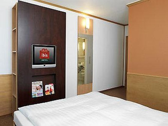 Ibis Hotel Leipzig Nord-Ost: Guest room