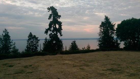 Eagle Landing Bed and Breakfast: Great views
