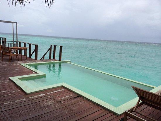Kuda Funafaru Resort and Spa : View from water villa