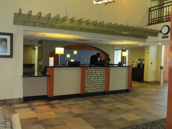 Holiday Inn Express Hotel and Suites Scottsdale - Old Town: Reception desk