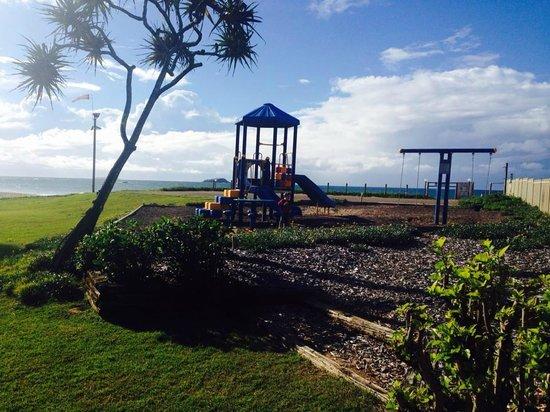 Nautilus Beachfront Villas & Spa : kids playground