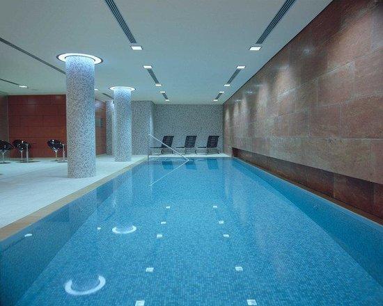 Radisson Blu Hotel, Berlin: Pool