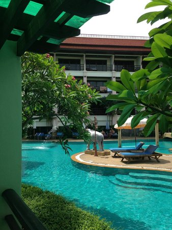 Aonang Orchid Resort: The pool view from the balcony