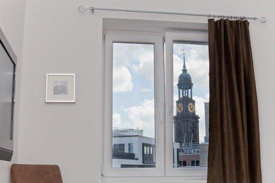 Novum Hotel Holstenwall Hamburg Neustadt: Blick zum Michel