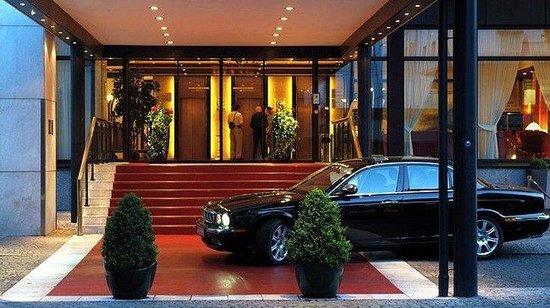 Günnewig Hotel Bristol: Main entrance