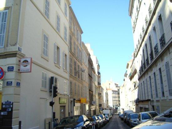 Vieux Port : тихие улочки, только утром