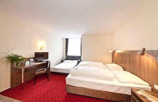 Novum Hotel Leonet Köln Altstadt: Komfortroom