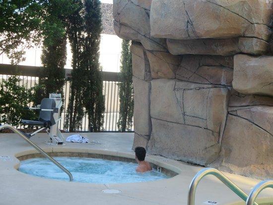Hampton Inn Tropicana: whirlpool