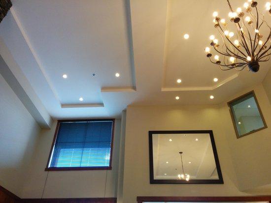 StoneRidge Mountain Resort: lobby ceiling/interior