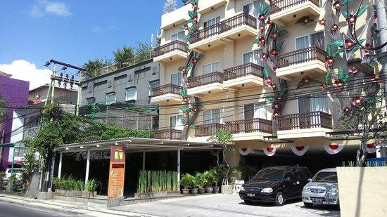 The Tusita Hotel: The tusita in the morning
